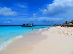 Het strand van Klein Curacao